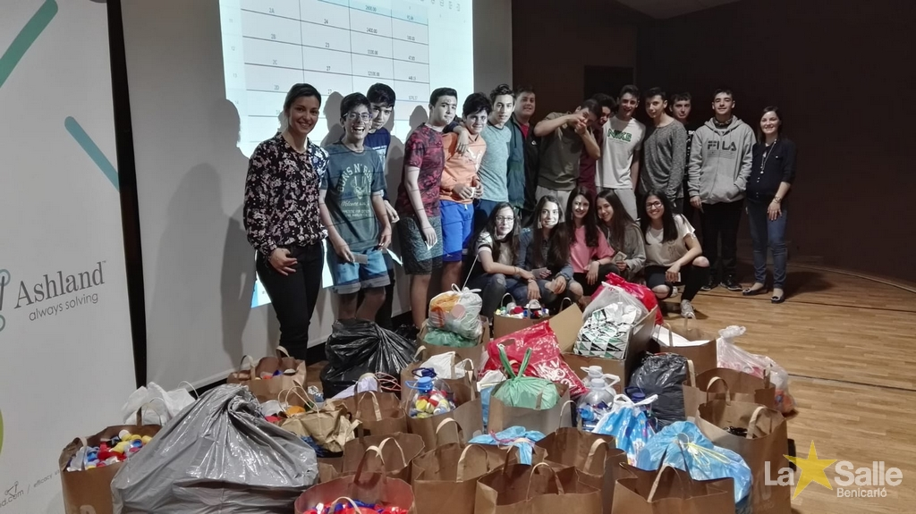 Reciclatge i solidaritat en col·laboració amb ASHLAND
