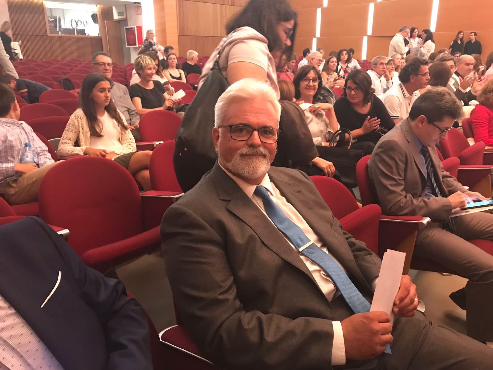 Miguel Pitarch, galardonado por su trabajo con sus alumnos